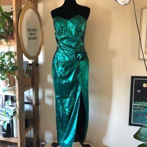 Vintage bright green mermaid high slit  maxi dress